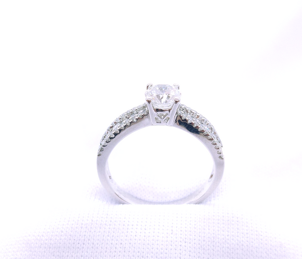 750 White Gold Engagement Solitaire Ring