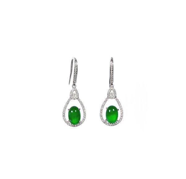 750 White Gold Jade Earring D4-010