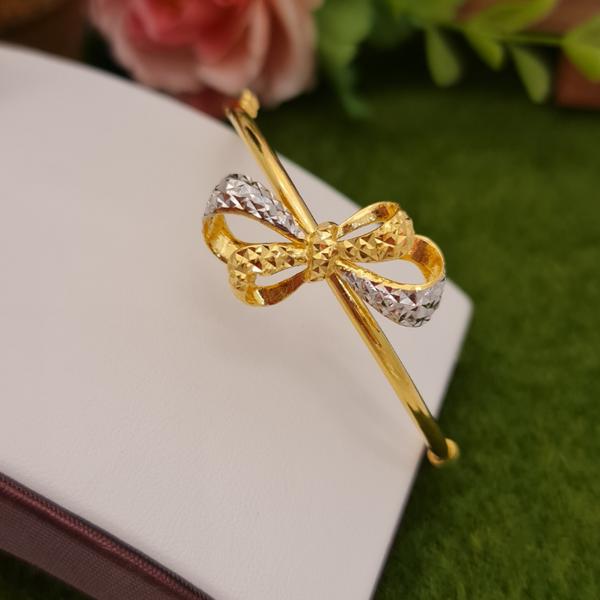 916 Gold Two Tone Ribbon Shape Bangle