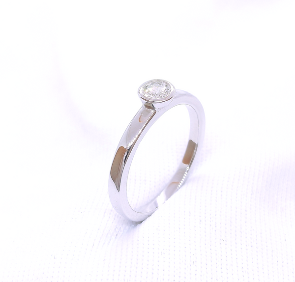 18K White Gold Engagement Solitaire Ring 3DR00135