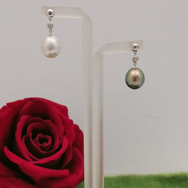 18K White Gold Pearl With Diamond Dangling Earring 3ME00097