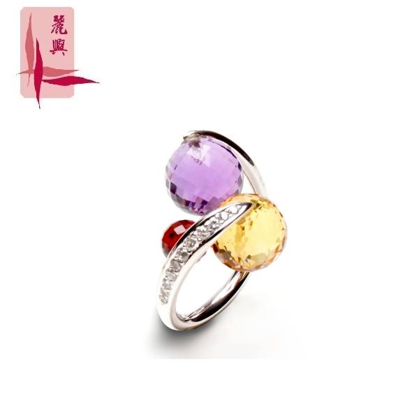 18K White Gold Ring 3MR00069