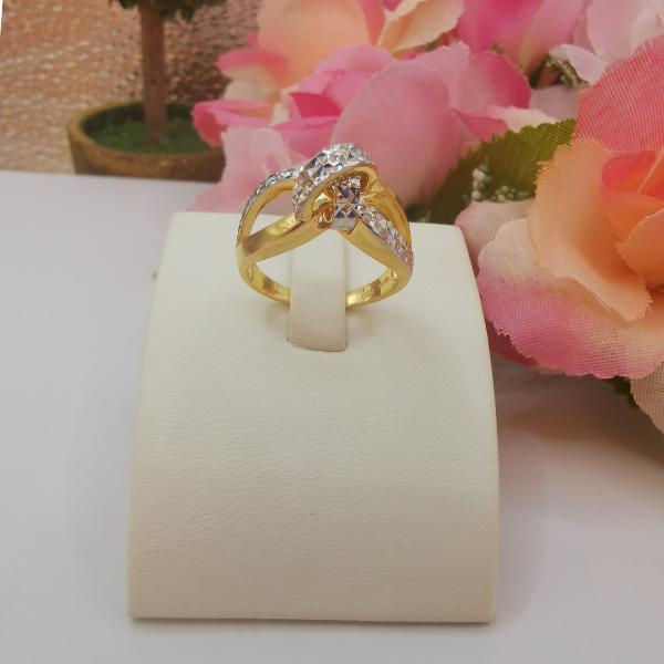 916 Gold Two Tone Eichhornia Activity Circle Ring