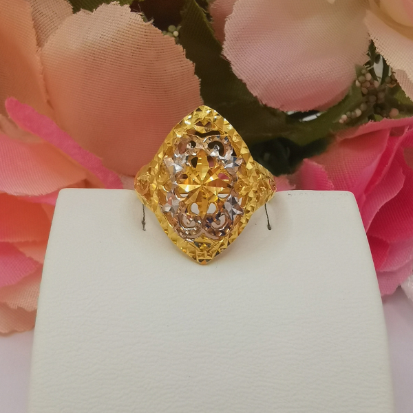 916 Gold Two Tone Flower Bud Ring